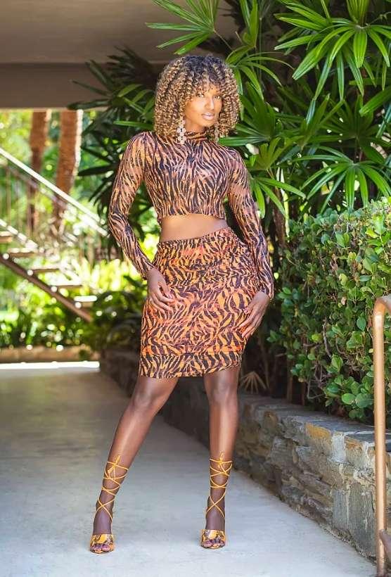 Modeling Lisa Yaro Actor Musician Singer Songwriter